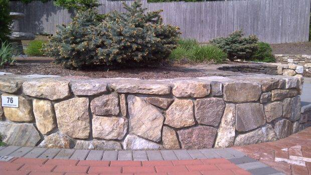 Stone Veneer Comes Form Either Natural Cultured