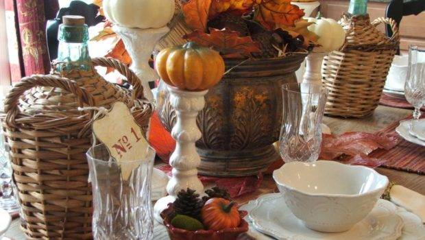 Stylish Thanksgiving Table Settings Entertaining Ideas Party