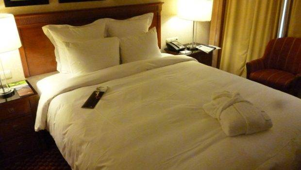 These Best Hotel Beds World