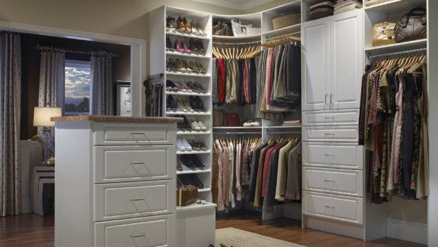 Tips Selecting Small Walk Closet Ideas Invado International