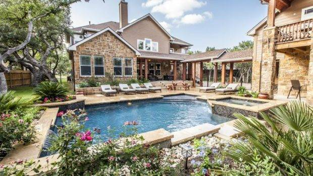 Top Reasons Own Swimming Pool Baker Construction