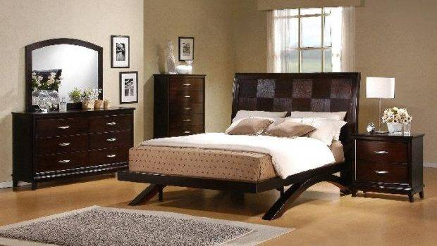 Town Bedroom Sets Detailed