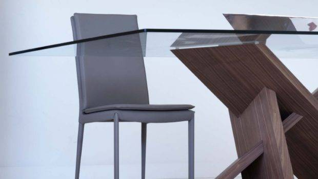 Tripode Wood Glass Dining Table Klarity