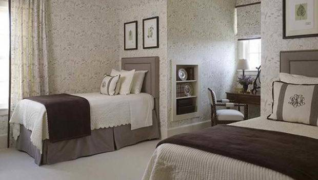 Twin Bed Guest Bedroom Decorating Ideas