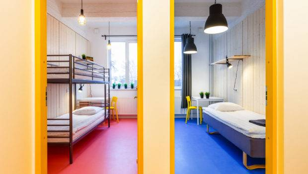 Two Rooms Bunk Beds Shared Bathroom Hektor