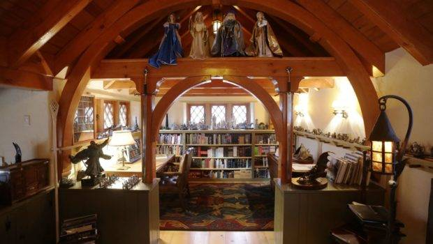 Uber Fan Has Real Hobbit House Designed Built Architect