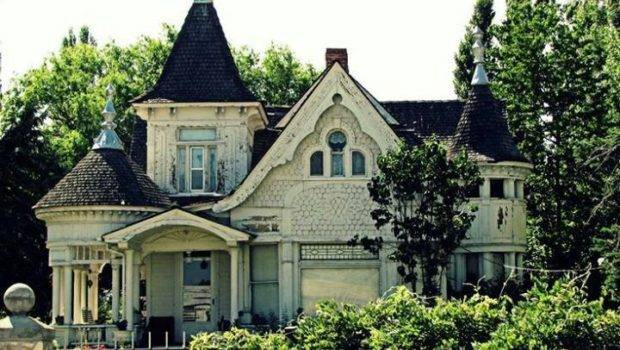 Victorian Gothic Abandoned Home Homes Pinterest