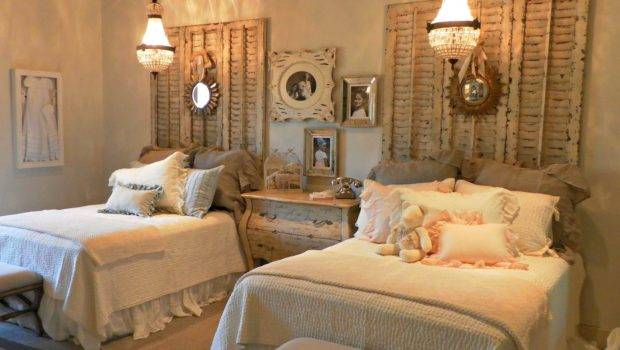 Vintage Room Ideas White Wall Paint Decorating