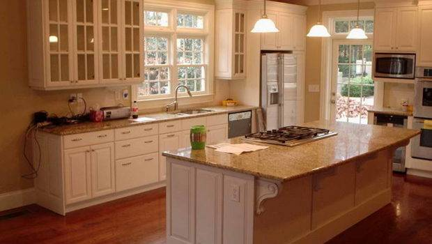 White Layouts Choosing Right Kitchen Cabinets