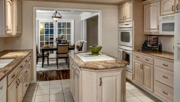 White Washed Oak Kitchen Cabinets Cabinetry